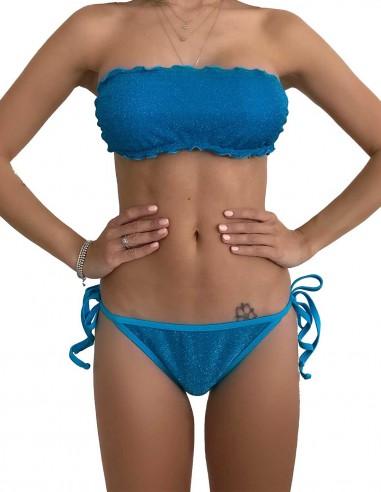 Bikini fascia glitter azzurro con brasiliana bordata con laccetti